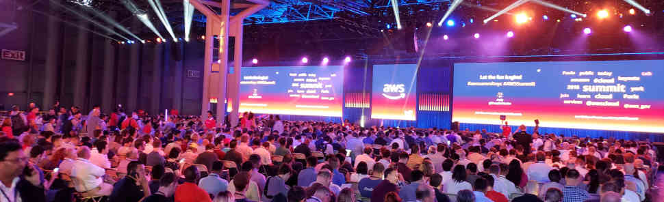 Big crowd for the keynotes at AWS Summit NYC 2018